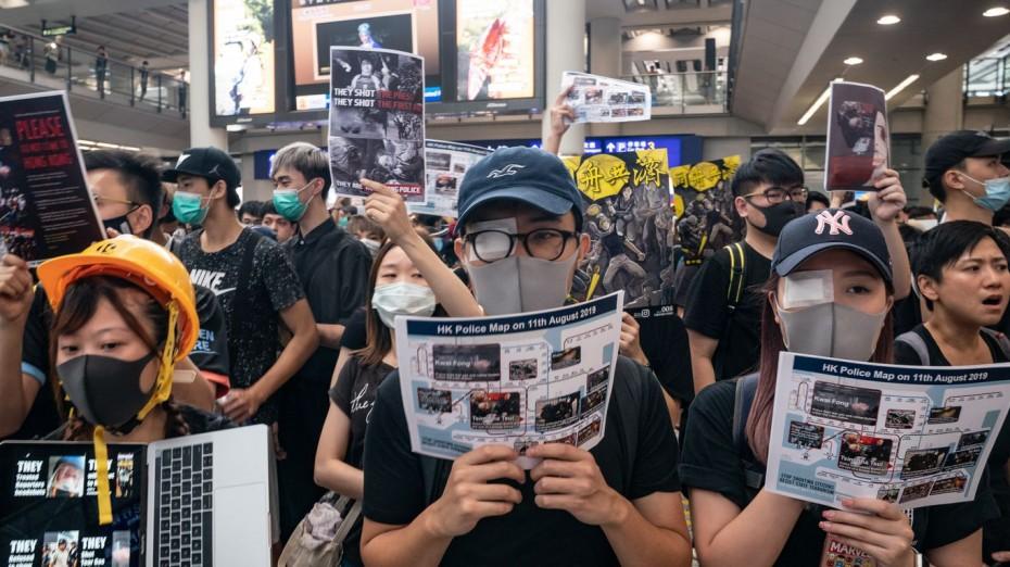 Και πάλι χάος στο Χονγκ Κονγκ λόγω των μεγάλων διαδηλώσεων