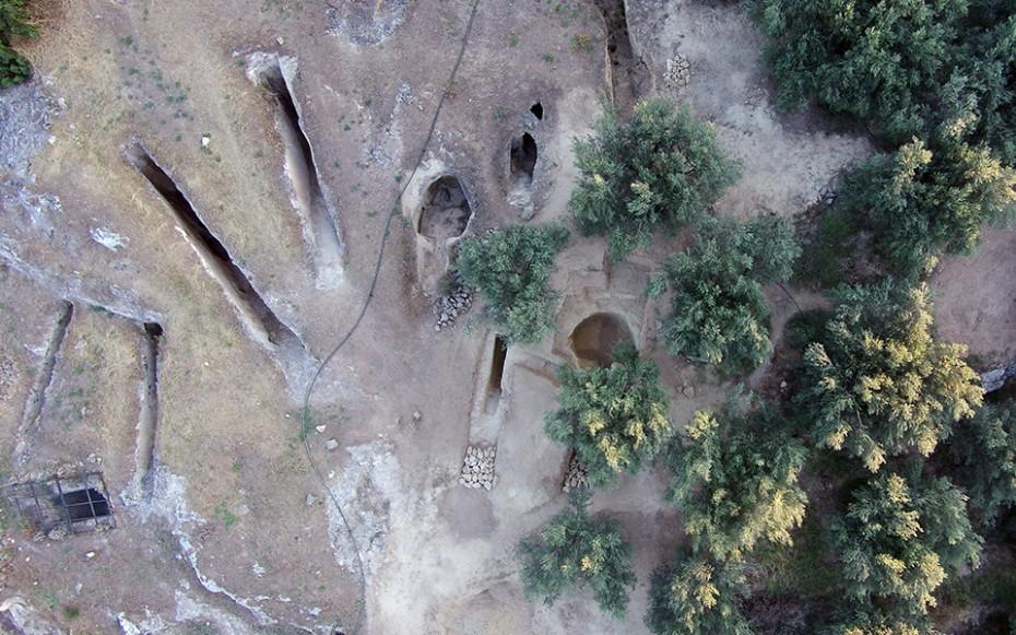 Δύο ασύλητοι τάφοι ανακαλύφθηκαν σε μυκηναϊκό νεκροταφείο στη Νεμέα