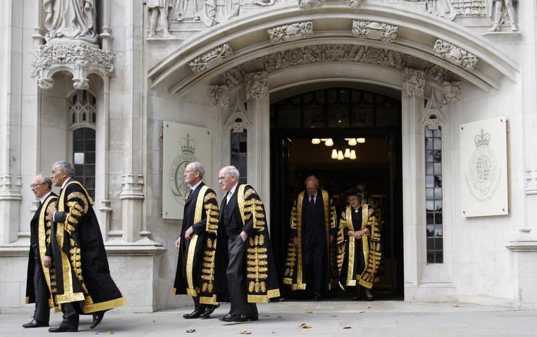 Στο ανώτατο δικαστήριο της Βρετανίας το «λουκέτο» στη Βουλή