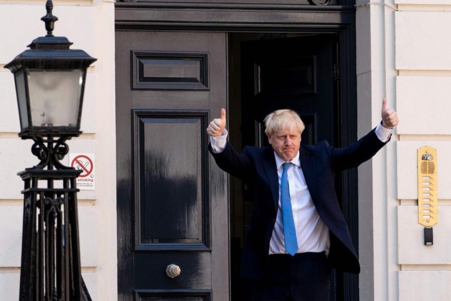 Νέο «όχι» Τζόνσον σε παραίτηση - «Θα πάω στις Βρυξέλλες και θα φέρω συμφωνία»