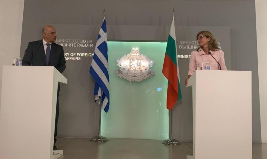 Μήνυμα ενίσχυσης της συνεργασίας Ελλάδας - Βουλγαρίας από τον Δένδια