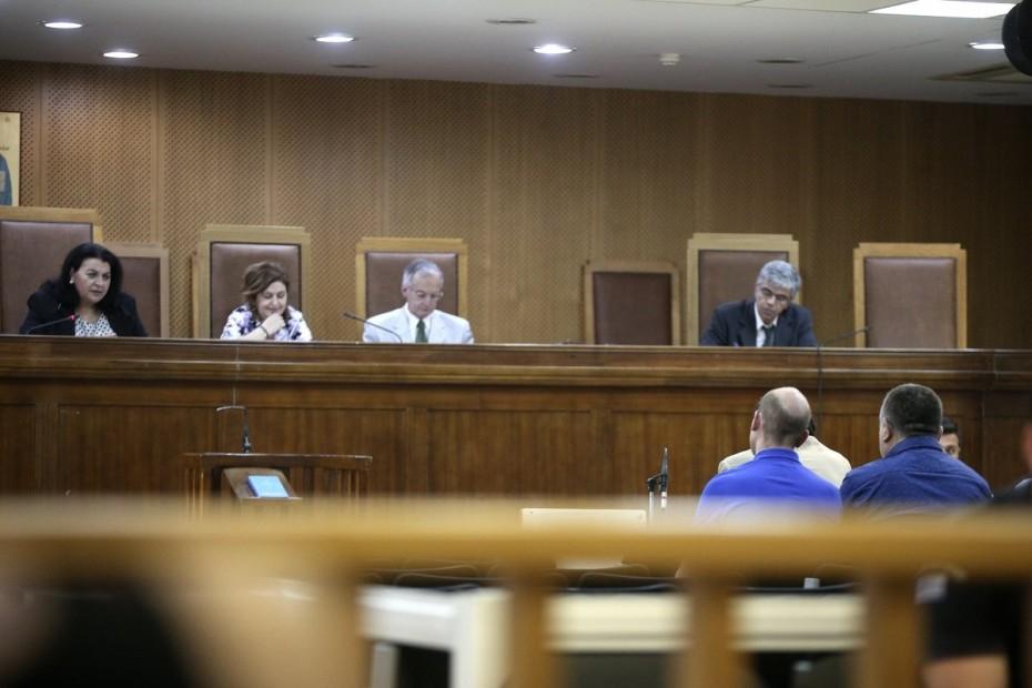 Δίκη ΧΑ: Η πρώτη απολογία για συμμετοχή σε εγκληματική οργάνωση