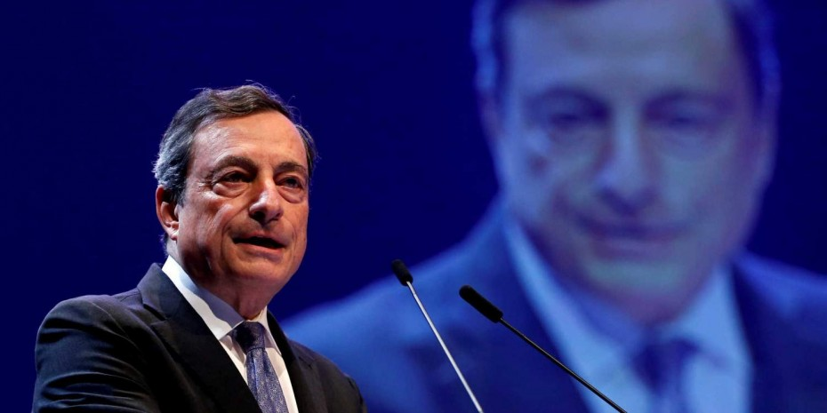 Τα μηνύματα και τα καμπανάκια Ντράγκι λίγο πριν το «αντίο» στην ΕΚΤ