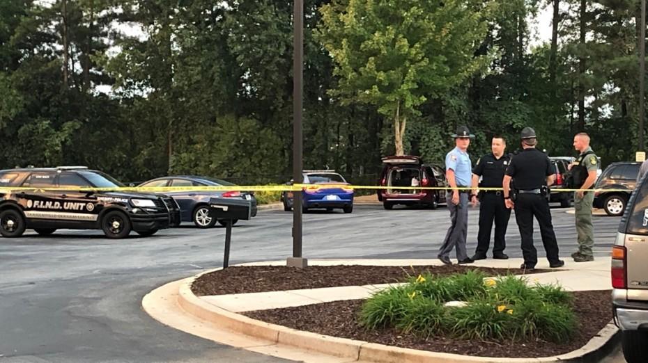 Τρεις έφηβοι νεκροί από πυροβολισμούς σε σπίτι, στις ΗΠΑ