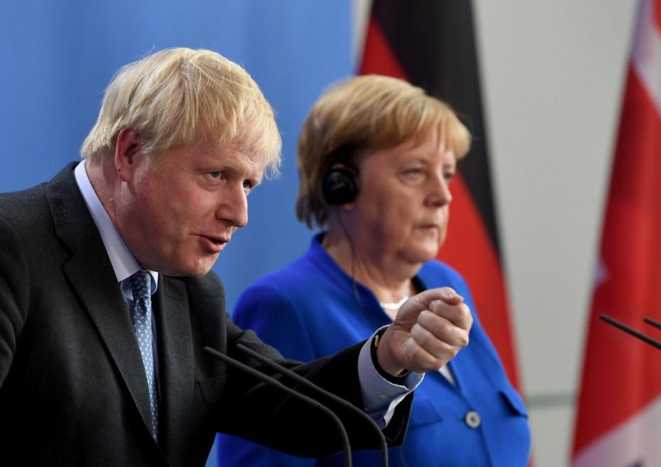 Μέρκελ-Τζόνσον: «Ουδέν νεώτερον» για το brexit