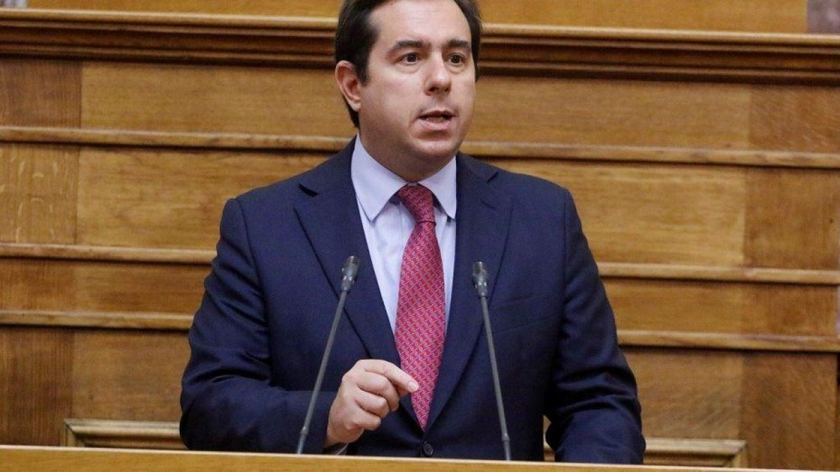 Δεν γενικεύονται οι εξαιρέσεις για τις κλαδικές συμβάσεις, είπε ο Μηταράκης