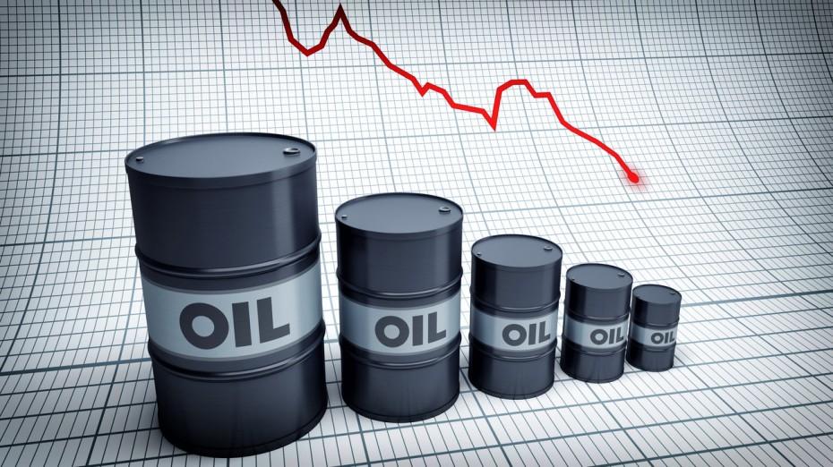 Επιμένει στην «κατηφόρα» το πετρέλαιο