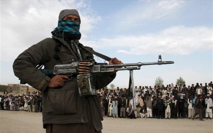 Yπέρ της επαναδιαπραγμάτευσης ΗΠΑ με Ταλιμπάν η Ρωσία