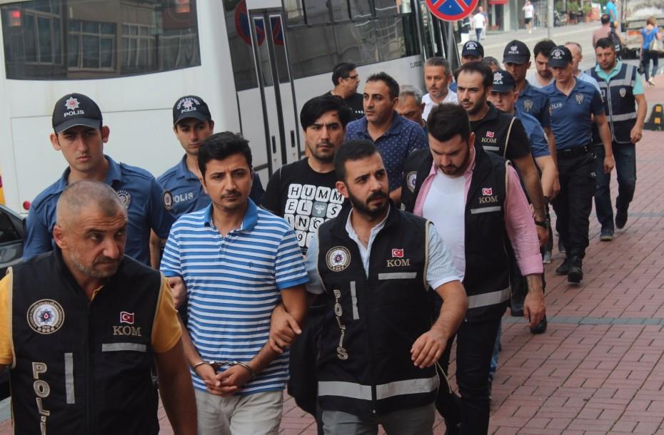 Συνεχίζεται το πογκρόμ συλλήψεων στην Τουρκία