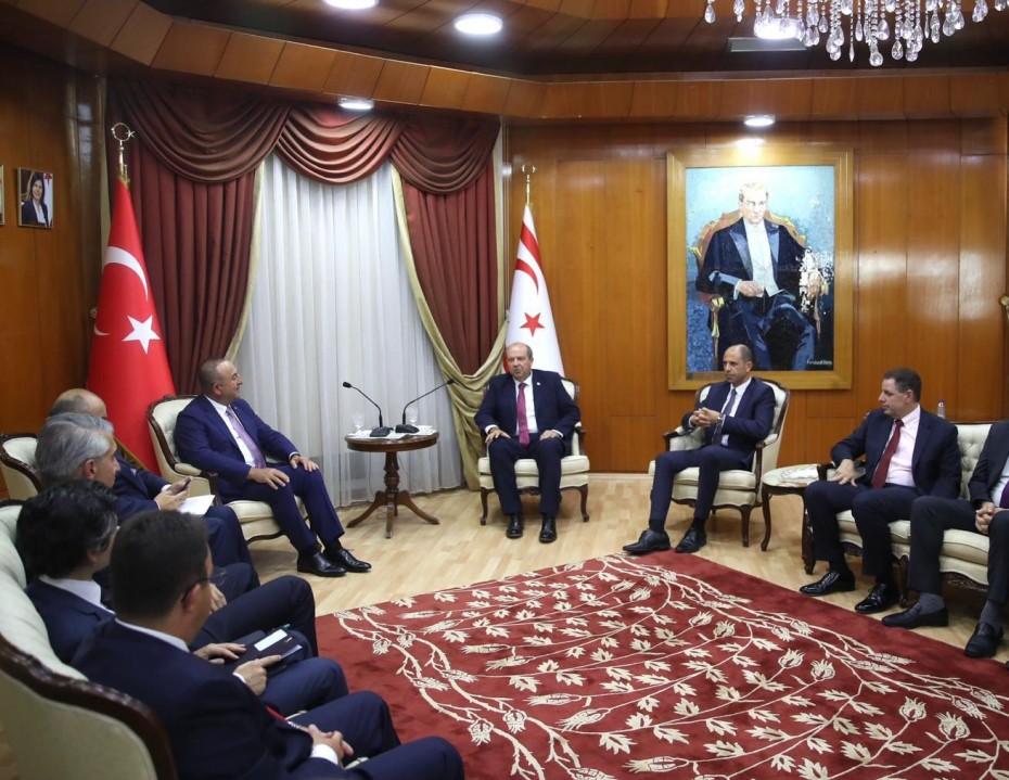 Ακάθεκτες οι απειλές της Τουρκίας στην Κύπρο