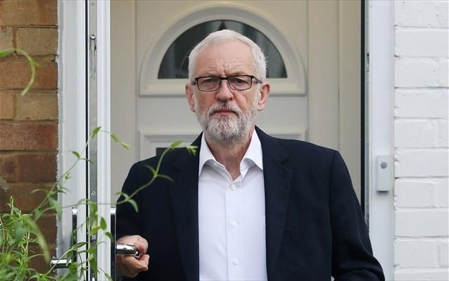 Ο Κόρμπιν δηλώνει έτοιμος για εκλογές στη Βρετανία