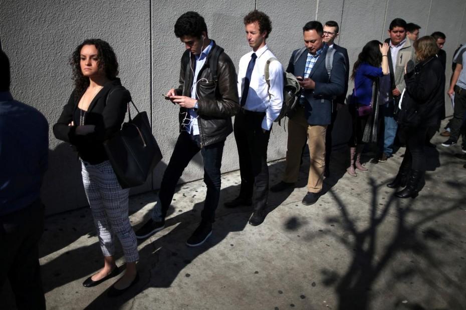 Αύξηση των επιδομάτων ανεργίας στις ΗΠΑ