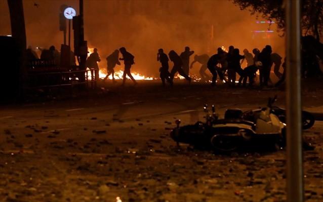 Πάνω από 180 τραυματίες στην Καταλονία, από τις συγκρούσεις με την αστυνομία