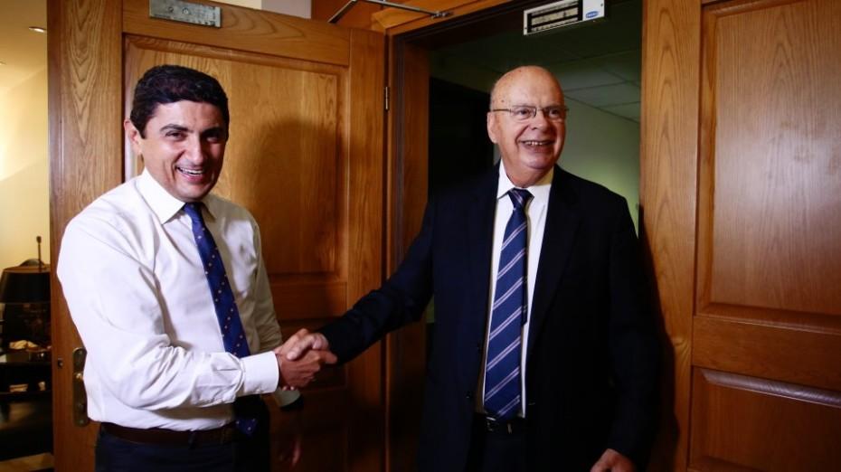 Οργή ΕΟΚ και Βασιλακόπουλου για το νέο αθλητικό νομοσχέδιο