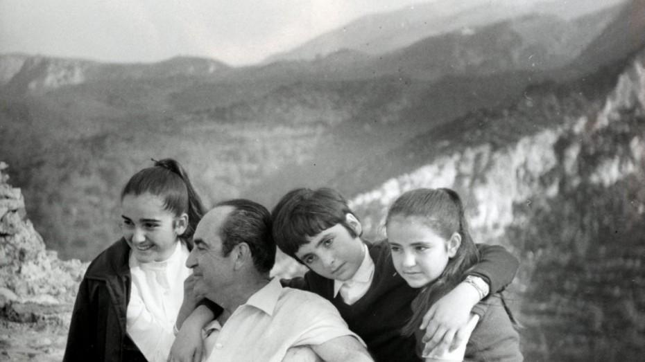 Έρχεται ταινία για τη ζωή του Κωνσταντίνου Μητσοτάκη