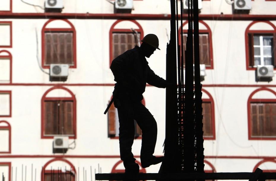 «Καμπάνες» 15 εκατ. για «μαύρη» εργασία στο 3μηνο Ιουλίου-Σεπτεμβρίου
