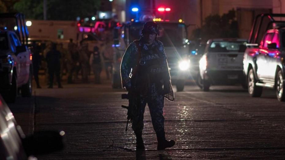 Νεκροί 14 αστυνομικοί από επίθεση στο Μεξικό