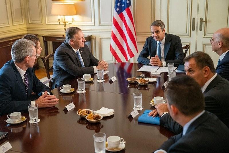 Πιο ασφαλής η Ελλάδα με τις ΗΠΑ, τόνισε ο Πομπέο