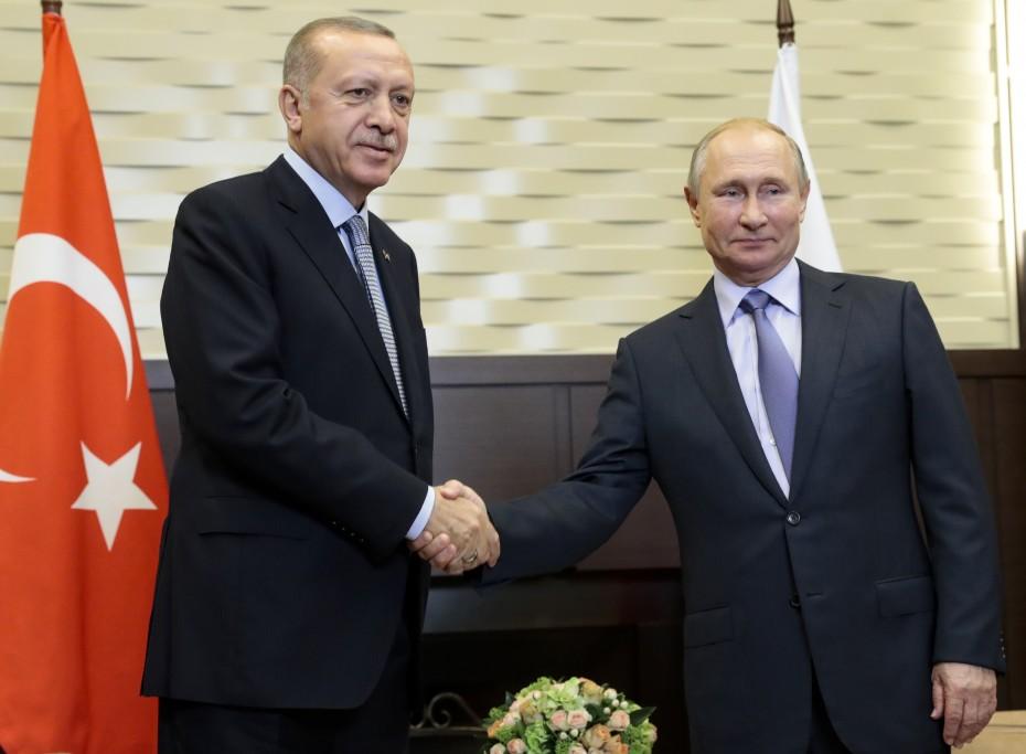 Ρωσία και Τουρκία αναλαμβάνουν κοινές περιπολίες στη Συρία