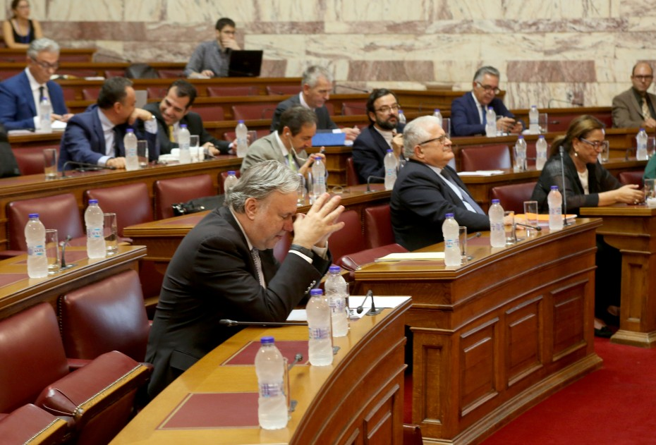 Την Παρασκευή στη Βουλή το προσχέδιο για την ψήφο των αποδήμων