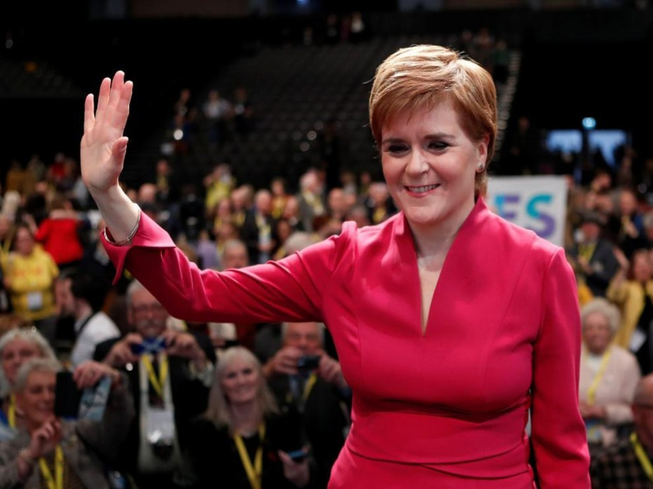 Η Στέρτζον επιμένει για νέο δημοψήφισμα ανεξαρτησίας στη Σκωτία
