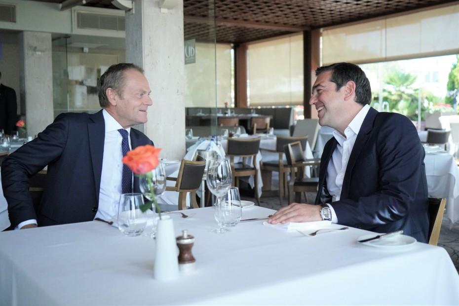 Ο Τσίπρας εστίασε στις τουρκικές προκλήσεις με τον Τουσκ