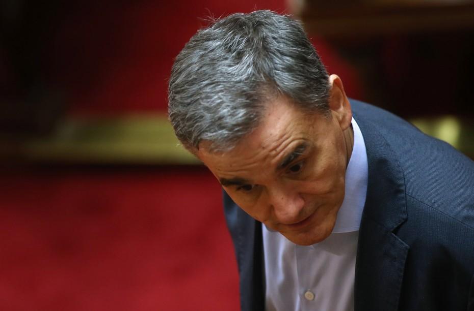 Ο Τσακαλώτος επιτίθεται σε 8 σημεία στην κυβέρνηση για τον προϋπολογισμό