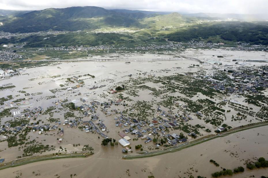 Βιβλική καταστροφή στην Ιαπωνία από το πέρασμα του «Χαγκίμπις»