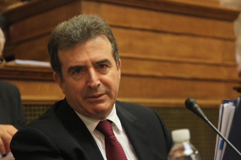Θέτουμε πλαίσιο και κανόνες για τους μετανάστες, τόνισε ο Χρυσοχοΐδης
