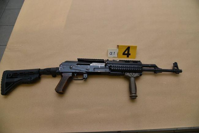 «Ευτυχώς προλάβαμε» - Τα όπλα που βρήκαν οι αστυνομικοί στον Χολαργό