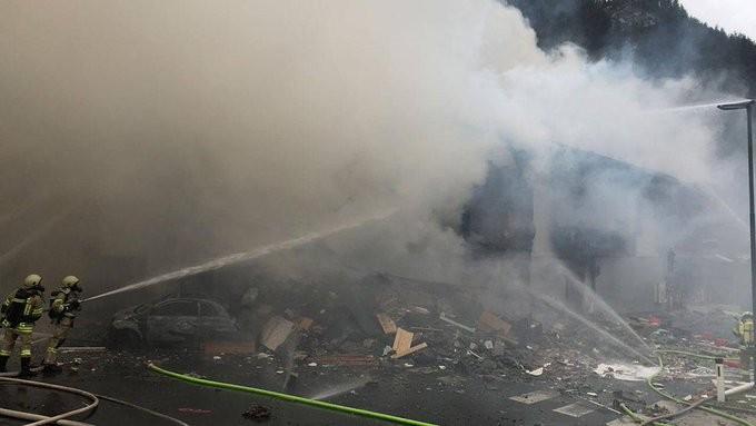 Τουλάχιστον 5 νεκροί στη Βαρκελώνη από έκρηξη σε αποθήκη