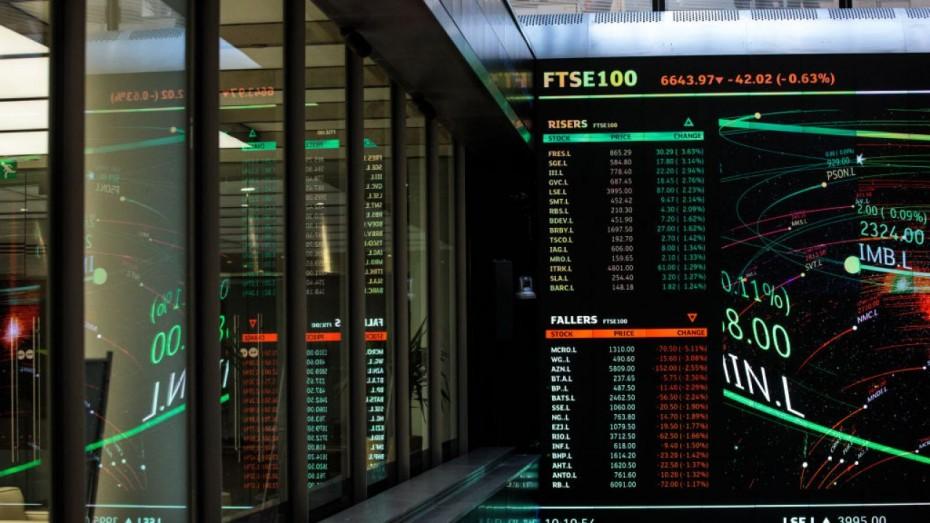 Το Λονδίνο «οδήγησε» τις ευρωαγορές για το κλείσιμο της εβδομάδας