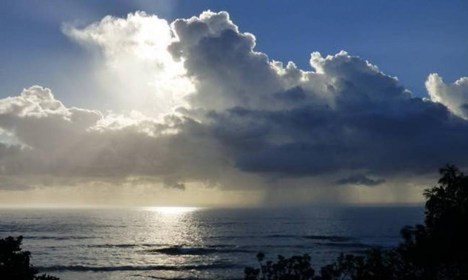 Ο καιρός το Σάββατο: Ήλιος αλλά και βροχές στο Βορειοδυτικό Αιγαίο