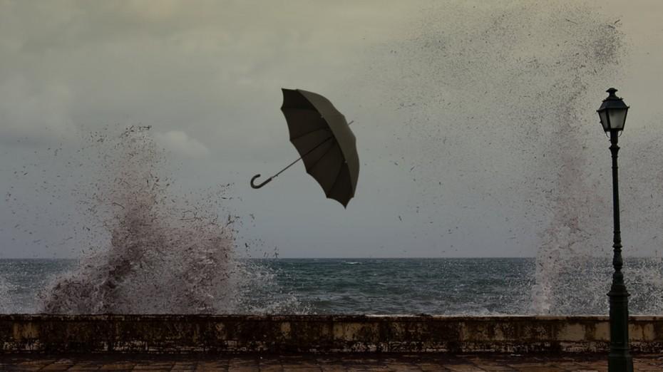 Καιρός: Αραιές νεφώσεις και βροχές