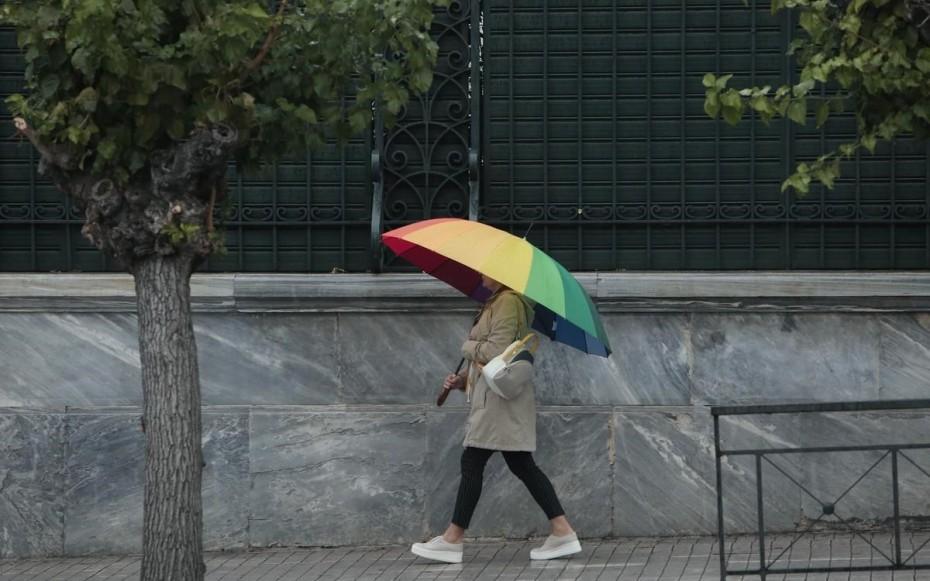 Άστατος ο καιρός της Τρίτη, με βροχές και καταιγίδες