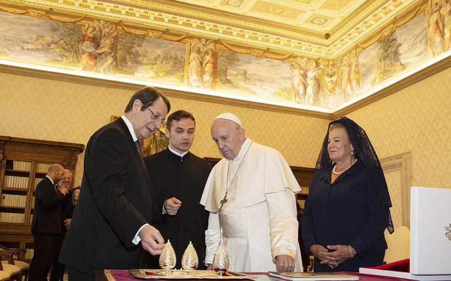 Επίσκεψη του πάπα Φραγκίσκου στην Κύπρο - Συνάντηση με Αναστασιάδη
