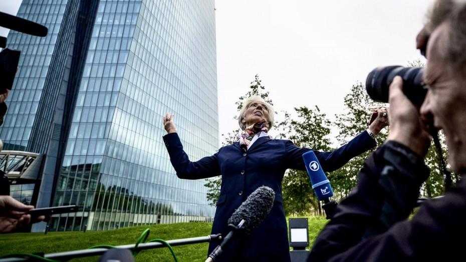 Τα μηνύματα της Λαγκάρντ στην παρθενική ομιλία της ως επικεφαλής της ΕΚΤ