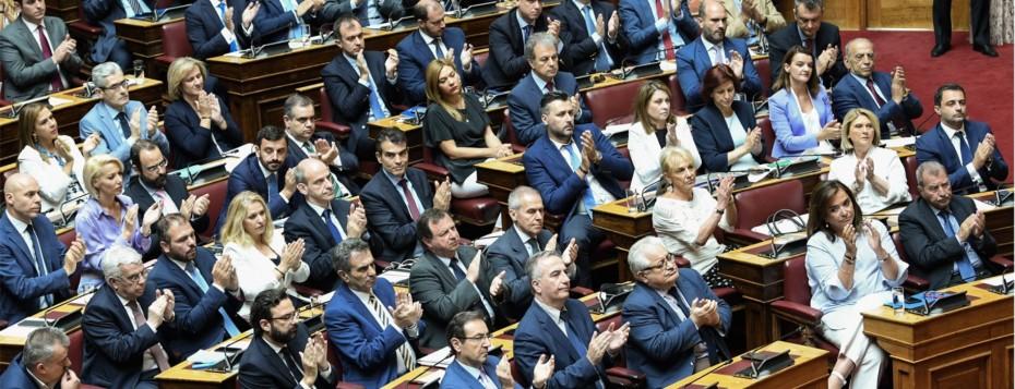 Τι προβλέπει η «γαλάζια» πρόταση για την ψήφο των αποδήμων