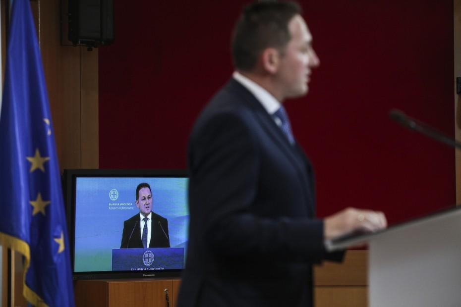 Πέτσας: 7 στους 10 Έλληνες θα δουν μειώσεις με το νέο φορολογικό