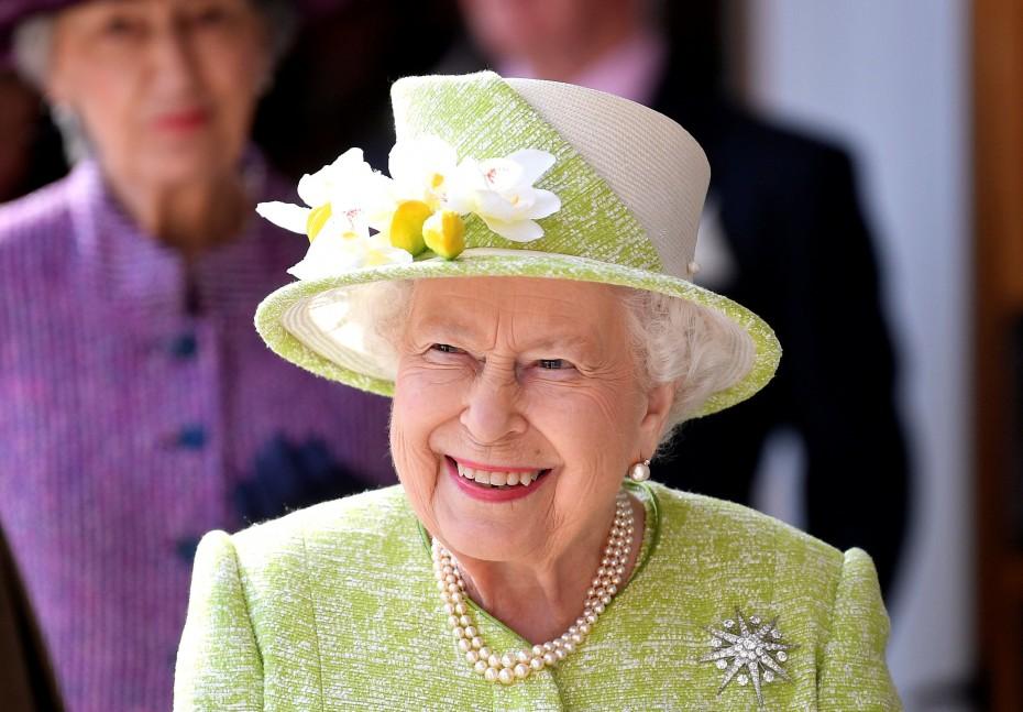 «Όχι» στην αληθινή γούνα από τη βασίλισσα Ελισάβετ