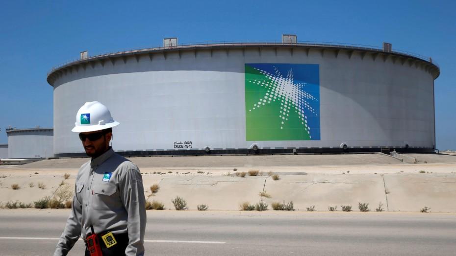Reuters: Στα 1,7 τρισ. δολ. η αποτίμηση της Saudi Aramco