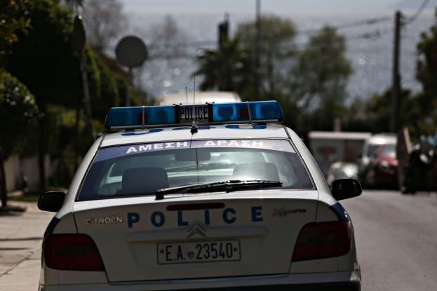 Σύλληψη γνωστού εφοπλιστή για απάτη και πλαστογραφία