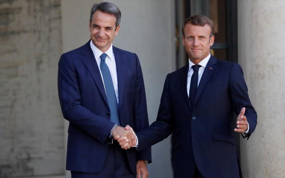 «Πλάτη» Μακρόν στην Ελλάδα για τη συμφωνία Τουρκίας - Λιβύης