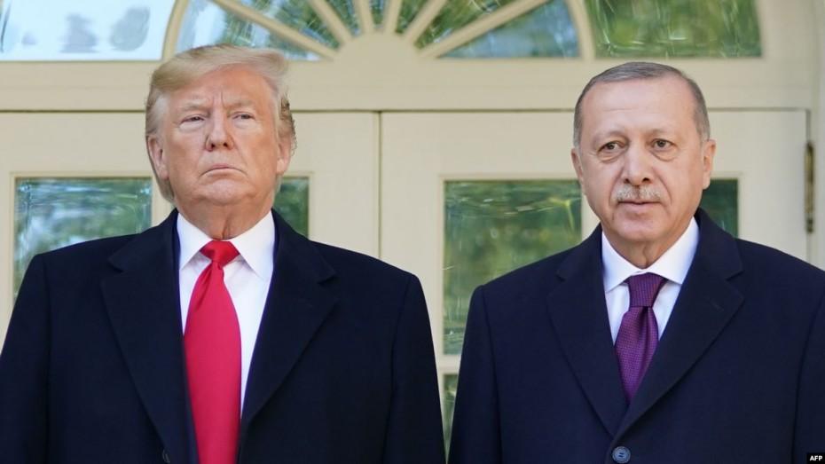 Εκ νέου πιέσεις στον Τραμπ για αμερικανικές κυρώσεις στην Τουρκία