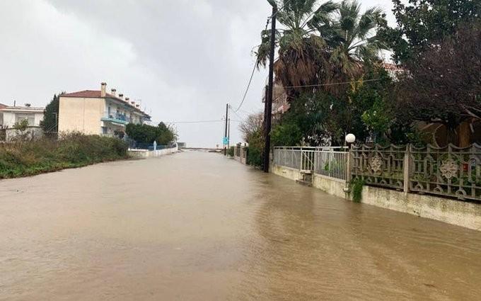 Σημαντικές ζημιές στη Λάρισα από την κακοκαιρία «Διδώ»