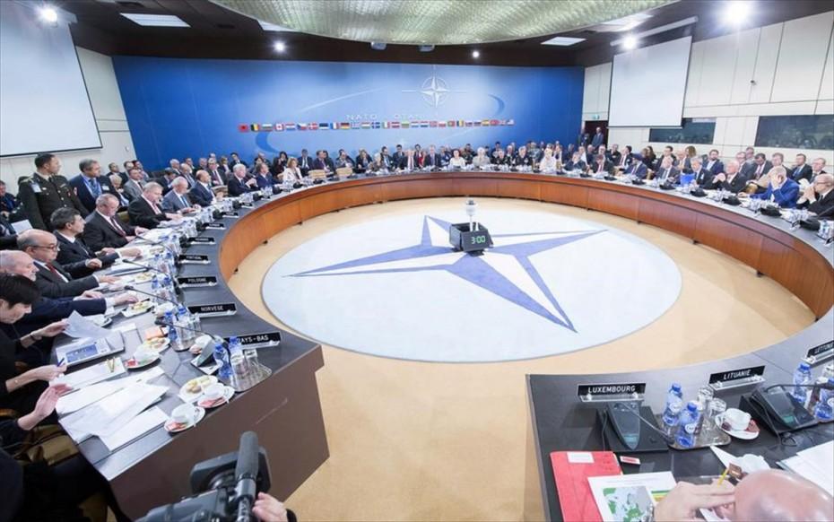 Μυρίζει «μπαρούτι» στη Σύνοδο του ΝΑΤΟ - «Μάχη» για Μακρόν-Ερντογάν