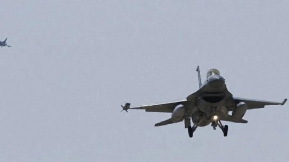Πάνω από 30 τουρκικές παραβιάσεις και 5 εικονικές αερομαχίες στο Αιγαίο