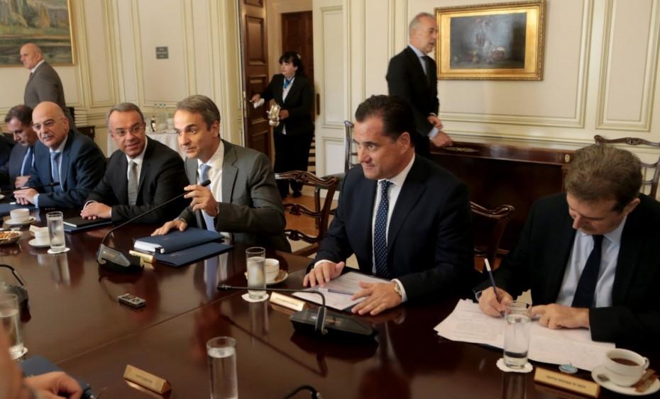 Υπουργικό: Στο τραπέζι γεωπολιτικές πρωτοβουλίες - Το ν/σ για τις πορείες και το επίδομα γέννησης