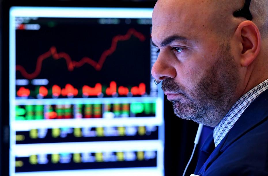 Πτωτικά οι ευρωαγορές την Τρίτη, με την προσοχή στο Νταβός