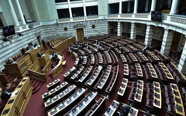 Νέες κόντρες στη Βουλή για τον εκλογικό νόμο